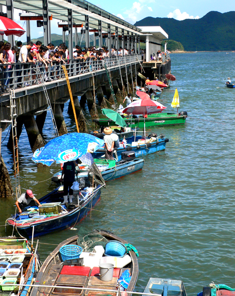 Sai Kung - Fishermen sell their daily catch right from their boats.